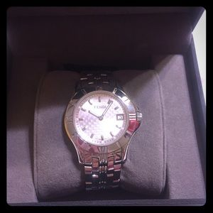 Authentic Fendi Orologi Sapphire Crystal Watch
